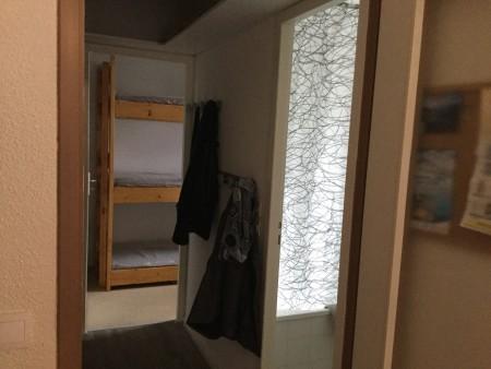 couloir et chambre